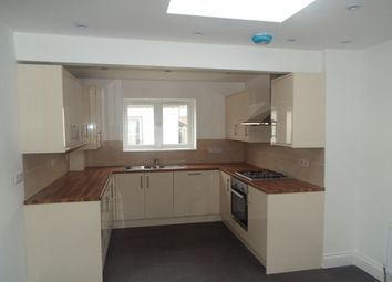 Thumbnail 6 bed property to rent in Halley Road, London