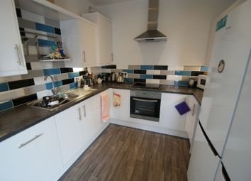 Thumbnail 4 bed flat to rent in Regent Terrace, Hyde Park, Leeds