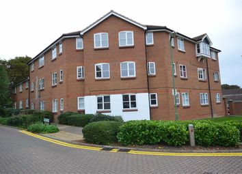 Thumbnail 2 bedroom flat to rent in Barge House, Hemel Hempstead, Hertfordshire