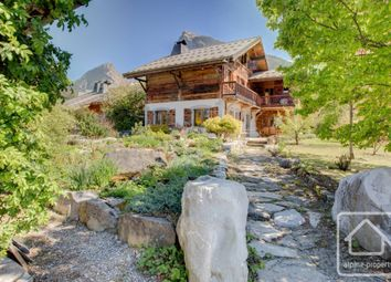 Thumbnail 4 bed chalet for sale in Samoëns, Haute Savoie, France, 74340