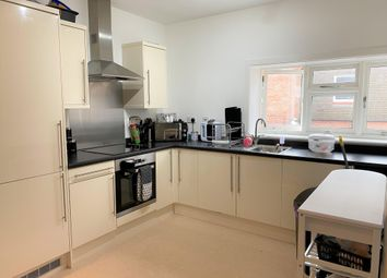 Thumbnail Flat to rent in Dolphin Square, Tring