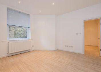 Thumbnail Flat to rent in Upper Richmond Road West, East Sheen, London