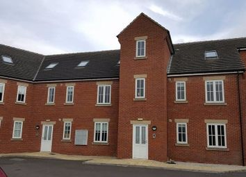 Thumbnail 2 bed flat to rent in Featherbed Close, Shttlewood, Chesterfield