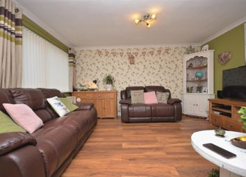Thumbnail 3 bed property for sale in Slattenham Close, Aylesbury