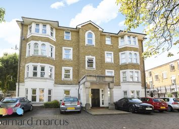 Thumbnail 3 bed flat to rent in Clarence Mews, London