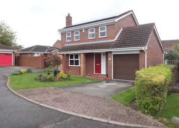 Thumbnail 4 bed detached house to rent in Queensbury Avenue, Outwood, Wakefield