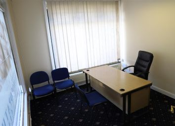 Thumbnail Commercial property to let in Lodge House, Park Avenue, Southall, Middlesex