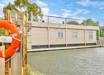 Thumbnail 1 bed detached house for sale in East Pontoon, Hartford Marina