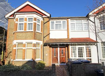 Thumbnail 2 bed flat to rent in Kingsley Avenue, London