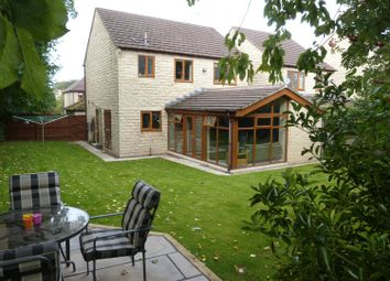 Thumbnail 4 bed detached house for sale in Nightingale Walk, Gilstead