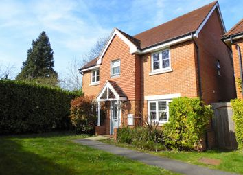 Thumbnail 6 bed detached house for sale in Wheatsheaf Close, Sindlesham, Wokingham