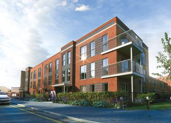 Thumbnail 2 bedroom flat for sale in Meridian Waterside, Southampton