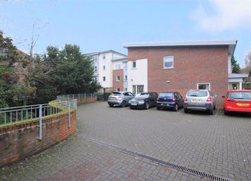 2 bed flat for sale in Beech Avenue, Southampton SO18