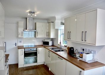 3 bed maisonette to rent in Outram Place, London N1