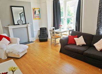 2 bed flat to rent in Gwydr Crescent, Uplands, Swansea SA2