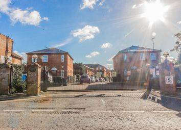 Thumbnail 5 bed flat to rent in Hamlet Square, London