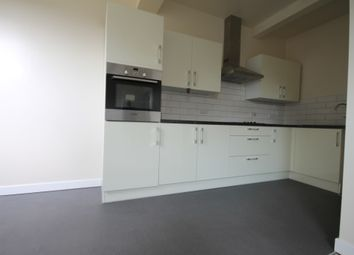 2 bed flat to rent in 1 High Greave Court, Sheffield S5