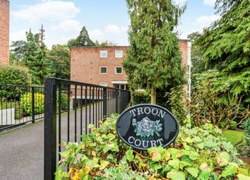 Thumbnail 2 bedroom flat to rent in Cardwell Crescent, Ascot