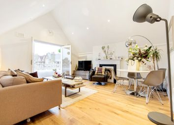 Thumbnail 2 bed flat to rent in Rosebery Rd, Clapham, London