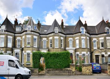Thumbnail 3 bed flat to rent in Union Road, Clapham North