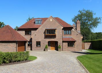 Thumbnail 6 bed detached house to rent in Woodland Way, Kingswood, Tadworth