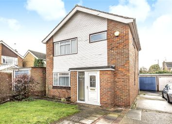 Broadacre Close, Ickenham, Uxbridge, Middlesex UB10. 3 bed detached house