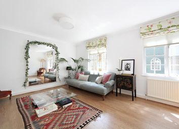 Thumbnail 3 bed mews house to rent in Princes Mews, London