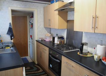 Thumbnail 3 bedroom terraced house to rent in Desborough Avenue, High Wycombe
