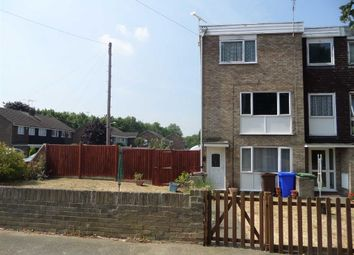 2 bed maisonette to rent in Boyce Road, Stanford-Le-Hope, Essex SS17