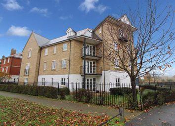 Thumbnail 2 bedroom flat for sale in Alnesbourn Crescent, Ipswich