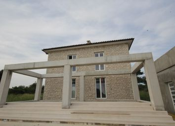 Thumbnail 4 bed villa for sale in 1076Tgku, Vodnjan, Croatia