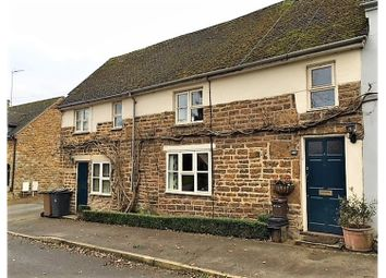 Thumbnail 4 bed cottage for sale in Banbury Lane, Daventry