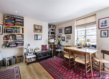 Mytre Court, Johns Mews, London WC1N. 1 bed flat for sale