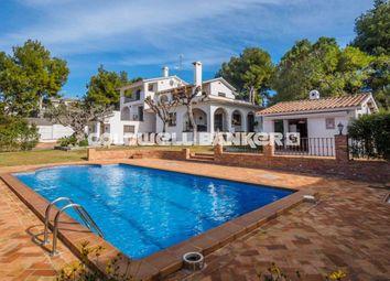 Thumbnail 4 bed property for sale in 2ª Línea De Mar, Cunit, Spain