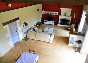 Thumbnail 3 bed property for sale in Poitou-Charentes, Charente, Reignac