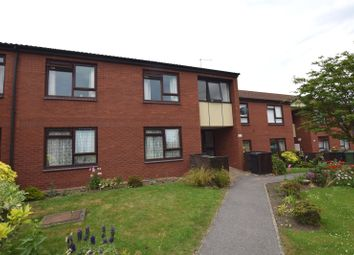 2 bed flat for sale in Guardian Mews, Lynwood Garth, Leeds LS12