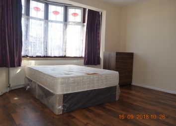 Thumbnail Room to rent in Melford Avenue, Room 3, Barking