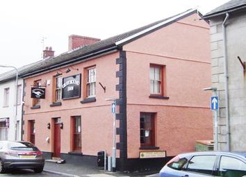 Thumbnail Pub/bar for sale in Carmarthenshire - Town Centre Public House SA20, Carmarthenshire