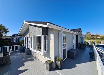 Thumbnail 2 bed mobile/park home for sale in Avonside Park, Welford On Avon