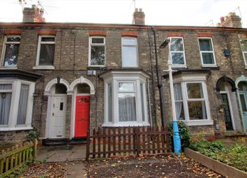 Thumbnail 2 bed terraced house for sale in Hop Grove, Chesnut Avenue, Hull