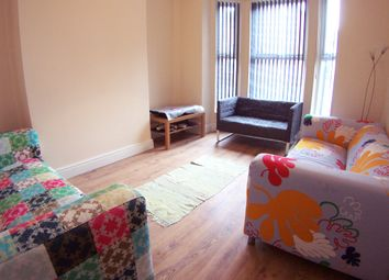 Thumbnail 6 bedroom terraced house to rent in Hessle Place, Hyde Park, Leeds