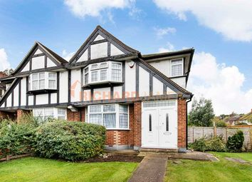 3 bed property for sale in Bedford Road, London NW7