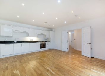 Thumbnail 4 bed flat to rent in Haling Down Passage, South Croydon