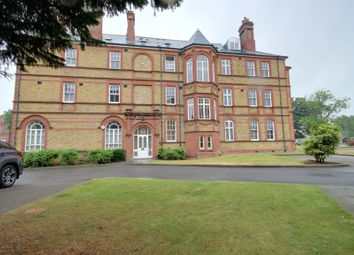 Thumbnail 1 bed flat for sale in Newsholme Drive, Winchmore Hill