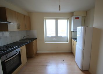 Thumbnail 3 bed flat to rent in Lavender Hill, Clapham Junction