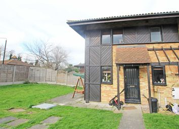 Thumbnail 2 bed flat to rent in Friars Mead, London
