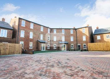Thumbnail 2 bed flat to rent in Icknield Way, Luton