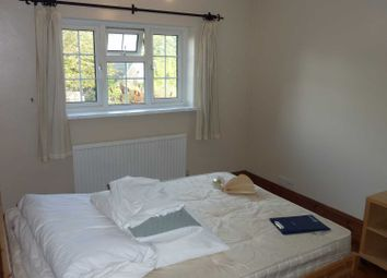 Thumbnail Room to rent in Mylne Square, Wokingham
