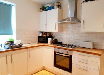 Thumbnail Room to rent in Fossil Bank Terrace, Felixstowe Road, Abbey Wood, London