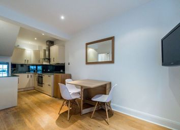 Thumbnail 2 bed flat to rent in Homer Street, London
